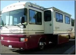 Fleetwood Discover RV Rental Exterior 1