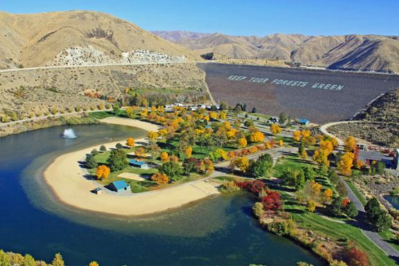 Lucky Peak Reservoir Boat Rentals Ready To Ski Fish Or
