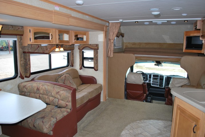 Jayco Seneca HD Super C Motorhome Rental by Eagle, Idaho Int 4