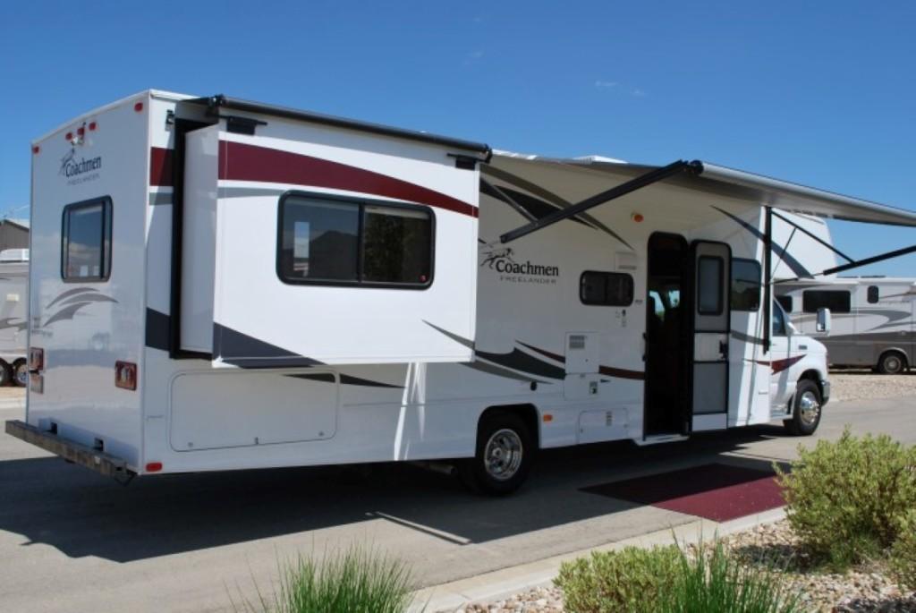 Coachman Freelander Class C Motorhome Rental Caldwell Idaho Ext 3