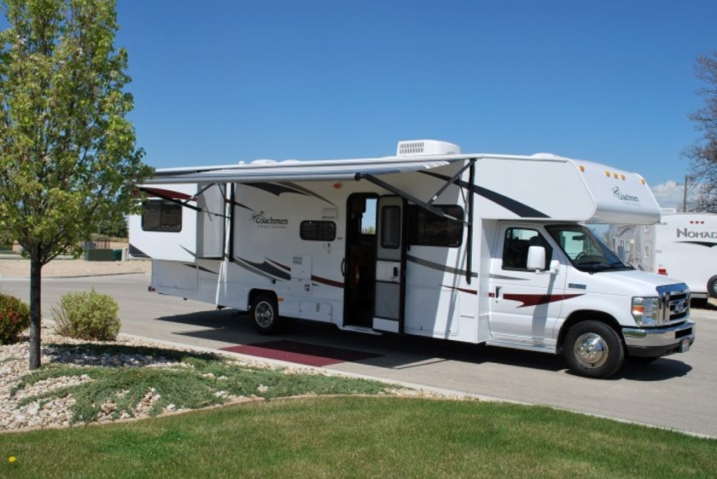 Coachman Freelander Class C Motorhome Rental Caldwell Idaho Ext 4