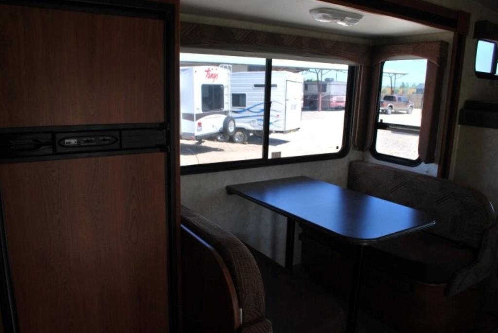 Coachman Freelander Class C Motorhome Rental Caldwell Idaho Int 8