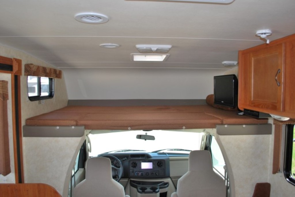 Coachman Freelander Class C Motorhome Rental Caldwell Idaho Int 3