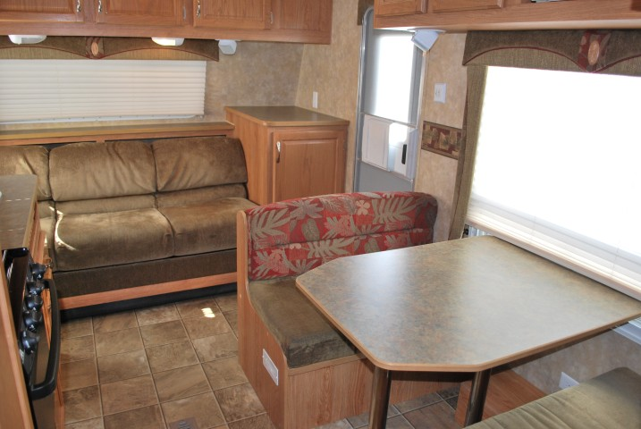 Jayco Jayflight For Rent In Boise Idaho Dining Table Bed Up