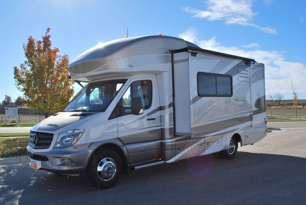 Efficient itasca navion diesel 24 39 class b rv rental for Motor homes to rent