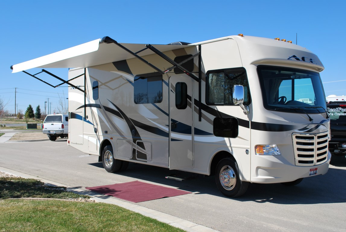 29′ Thor Ace Luxury Class A RV Rental Full Wall Slide!