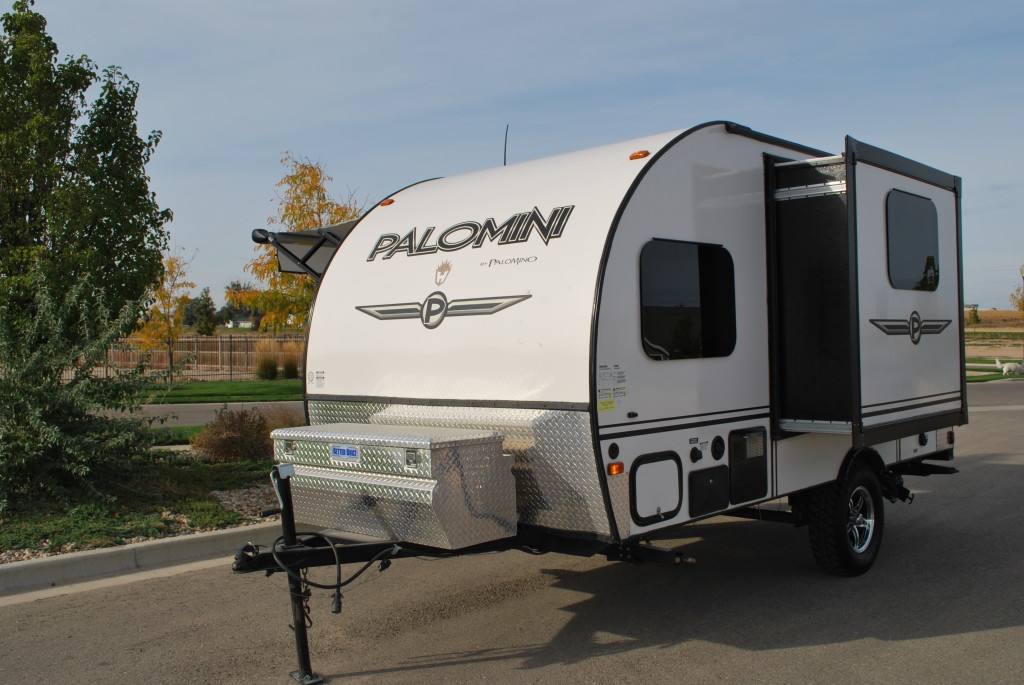 15 Palomino Palomini Lite Travel Trailer Rental