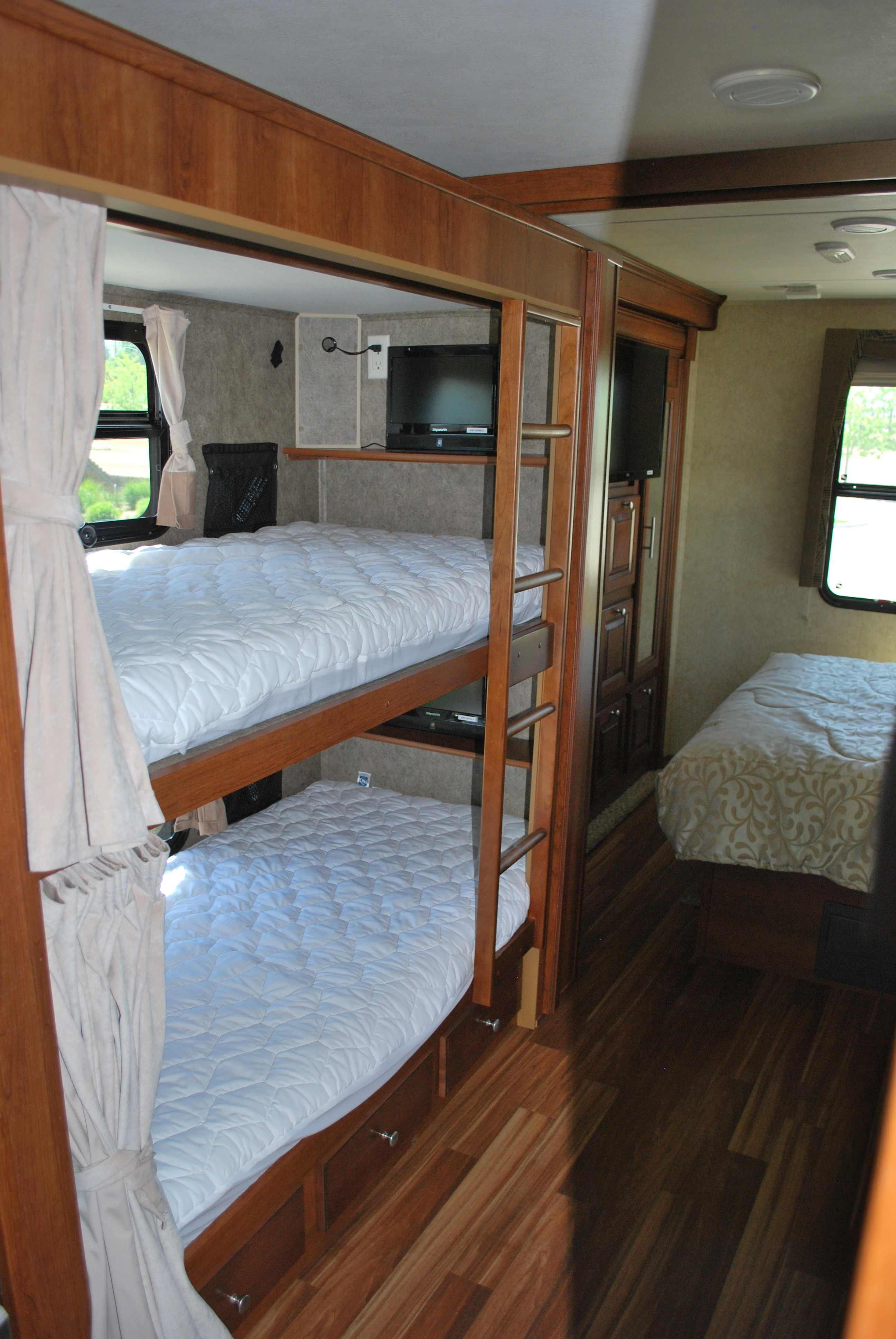 35 Forest River Georgetown Bunkhouse Class A Luxury RV Rental