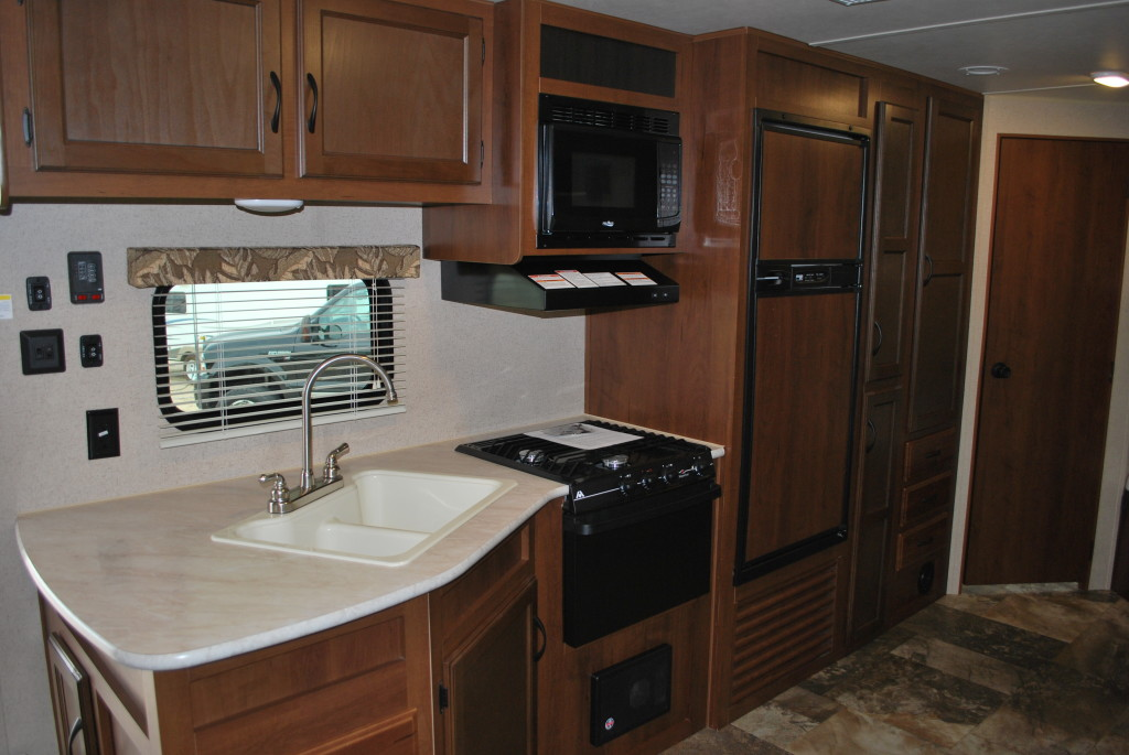 Jayco-Jayflight-287BHSW-Bunk-House-Travel-Trailer-Rental-Int-03