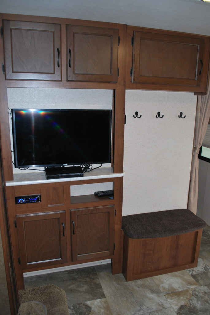 Jayco-Jayflight-287BHSW-Bunk-House-Travel-Trailer-Rental-Int-11