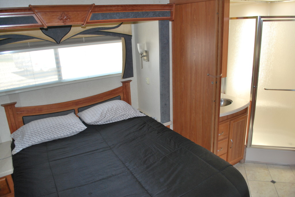 National-Tropi-Cal-Class-A-RV-Rental-Int-15