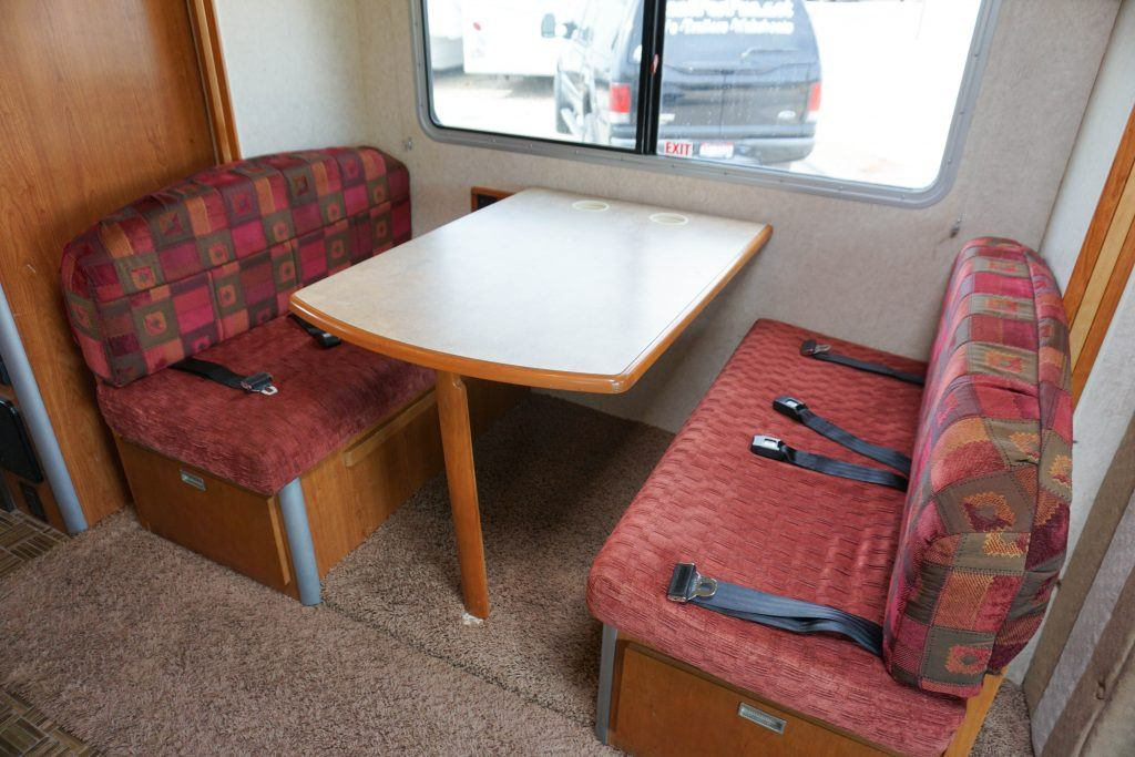 24-Winnebago-View-Class-B-RV-Rental-19