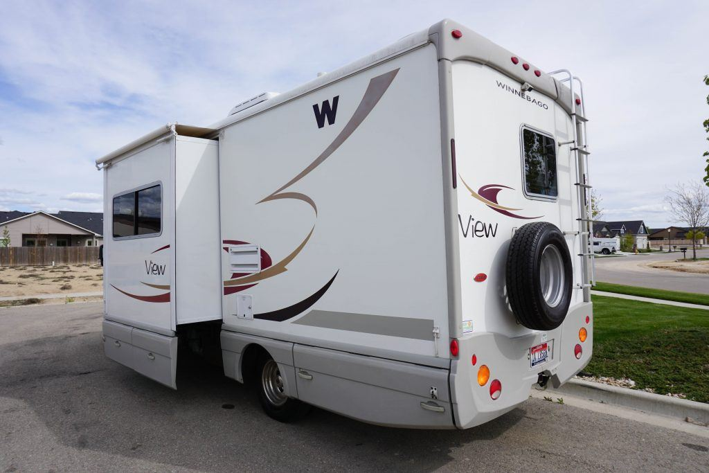24-Winnebago-View-Class-B-RV-Rental-3
