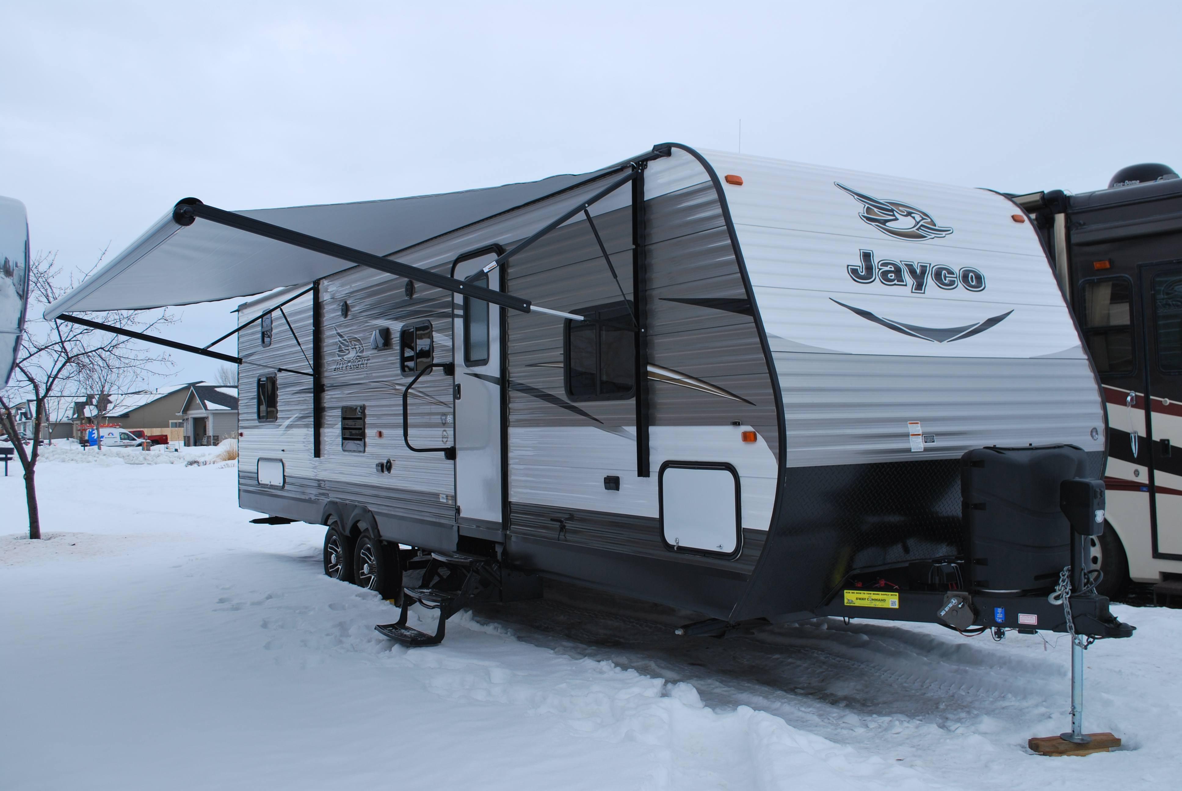 29 39 jayco jayflight qbs bunk house luxury travel trailer for Motor homes to rent