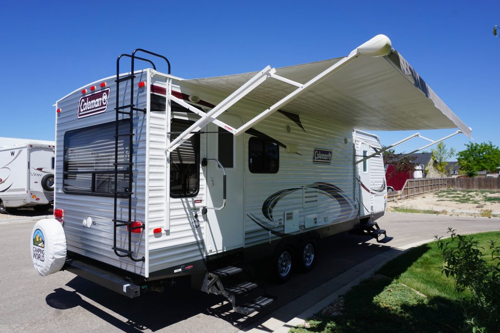 27-Coleman-Expedition-Travel-Trailer-Rental-2