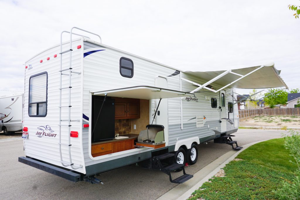 32-Jayco-Jayflight-Travel-Trailer-Rental-3