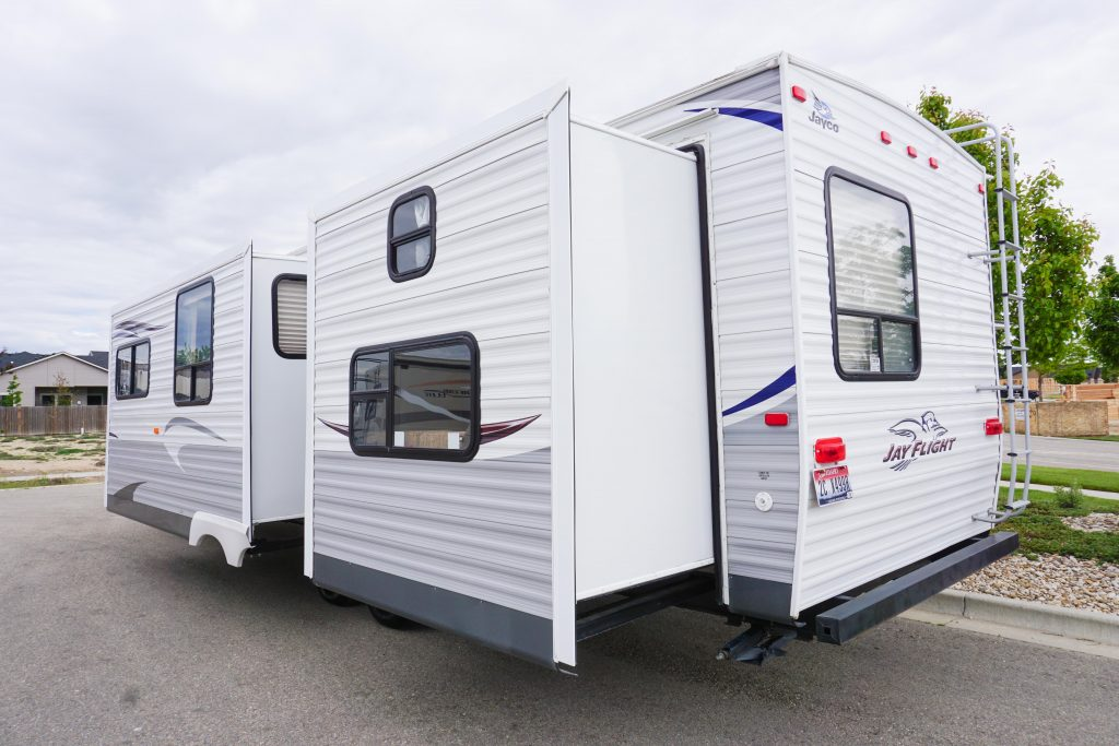 32-Jayco-Jayflight-Travel-Trailer-Rental-4